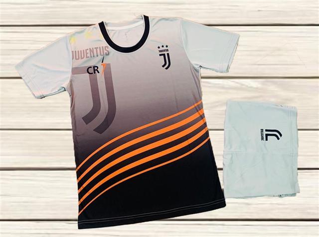 Áo Bóng Đá Câu Lạc Bộ Juventus Fantasy 6